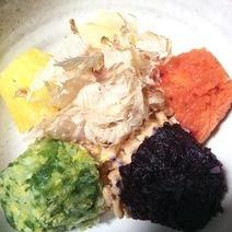 まんま菜 (野菜ピューレ) と納豆