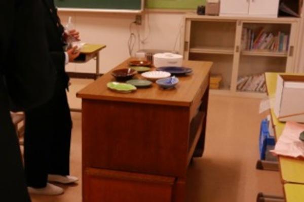 瀬戸市の中学校でフードコーディネーターの仕事を紹介する講座